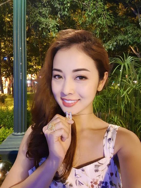 Ông xã thiết kế dây chuyền kim cương tặng sinh nhật Jennifer Phạm - 3