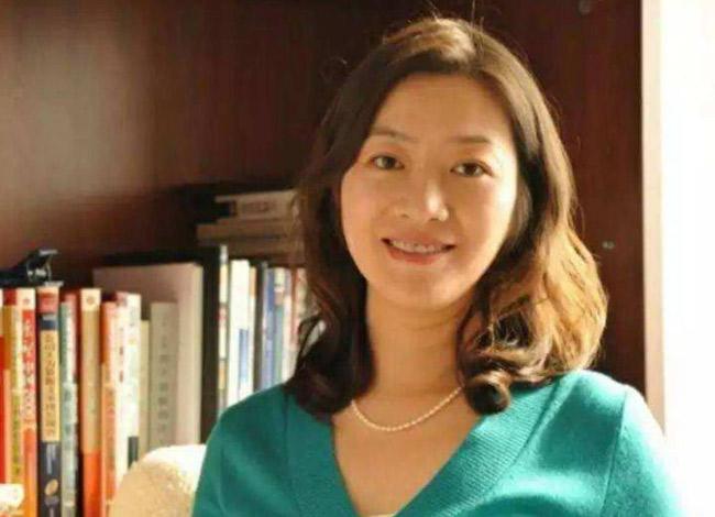 Nữ CEO của Luckin Coffee là người kín tiếng, cô hiếm khi xuất hiện trước truyền thông và báo chí. Ảnh: Weibo.