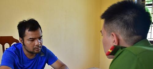 Nghi can Nguyễn Quyết Chiến tại cơ quan điều tra.