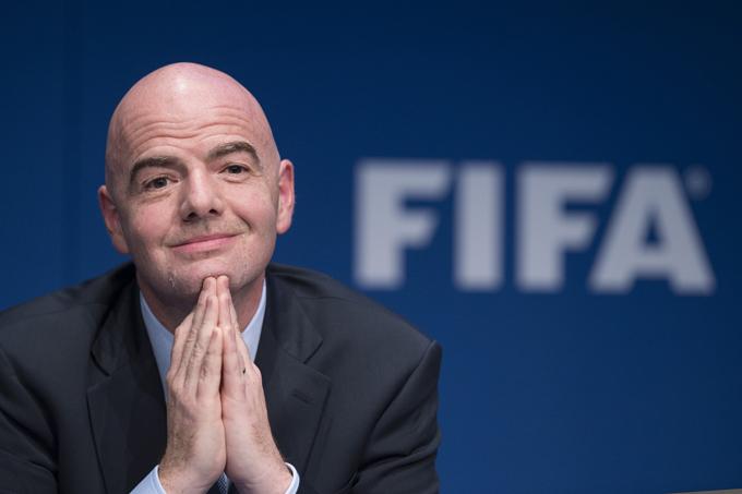 Chủ tịch FIFA, ôngGianni Infantino, hy vọngđội bóng thiếu niên Thái Lan sớmđược giải cứu và có thể tới Nga xemchung kết World Cup. Ảnh:IBTime.