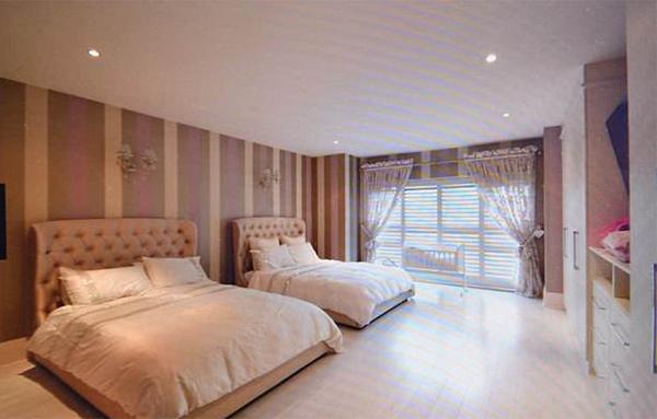 Ngoài phòng ngủ chính, biệt thự của Sanchez còn có 4 phòng ngủ phụ.