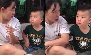 'Ông cụ non' 3 tuổi thích hóng chuyện, bị mẹ 'troll' nên tức tối