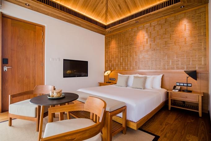 Resort được xây dựng bởi tập đoàn Novaland và vận hành bởi huyền thoại ngành khách sạn - Adrian Zecha.