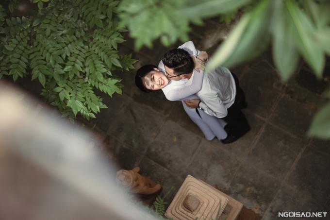 Vài tháng trước khi đám cưới diễn ra, Hà Anh và ông xã tìm đến Việt phủ Thành Chương để chụp ảnh cưới.