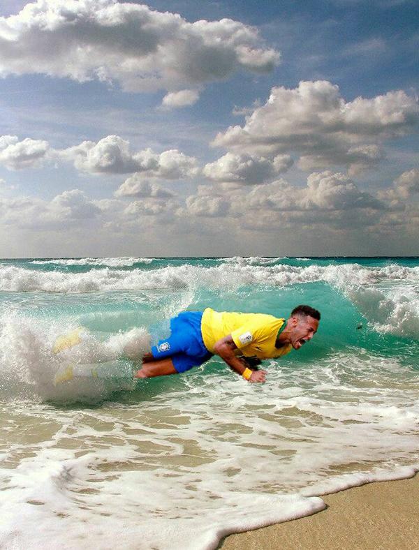 Đi nghỉ vui vẻ nhé Neymar, cẩn thận nước lạnh đấy, nicknameInsonias em Carvao châm chọc ngôi sao Brazill.