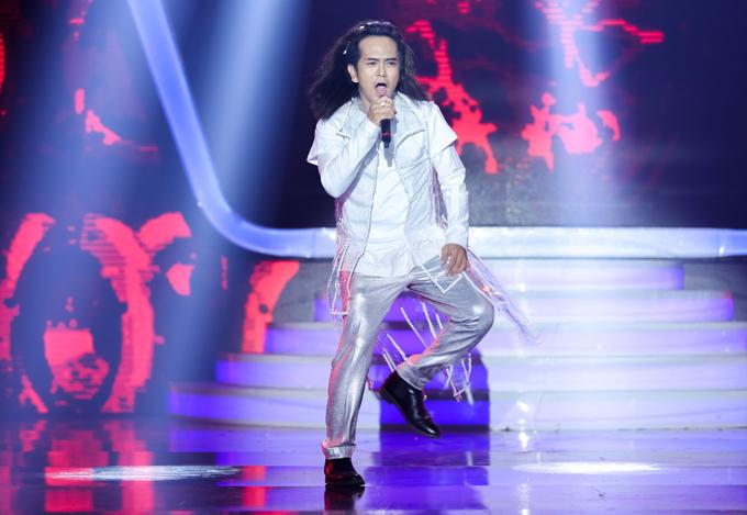 Diễn viên Hùng Thuận gây ấn tượng với tiết mục giả ca sĩ Minh Thuận, biểu diễn ca khúc Rêu phong. Tuần này Hùng Thuận giành giải nhất, Duy Khánh về nhì.
