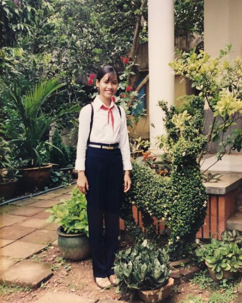Á hậu Hoàng My khoe ảnh khi cô mới học lớp 6.