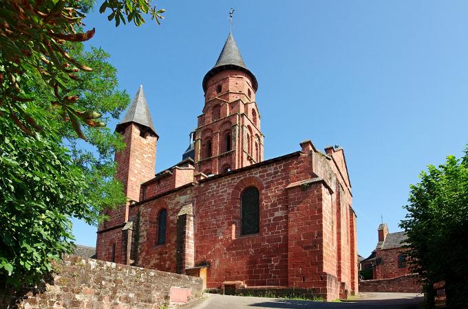 Nhà thờ Eglise Saint Pierre ở Bondy, quê hương của Mbappe.