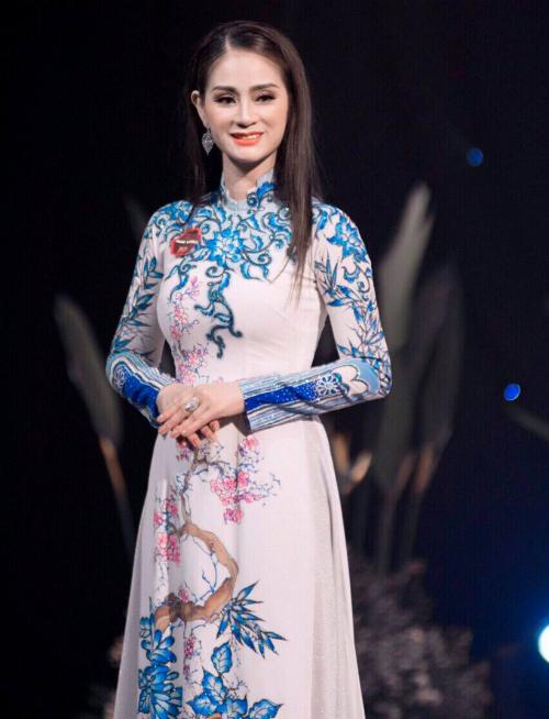 Hành trình đăng quang Á hậu Doanh nhân Thế giới của Nguyễn Hồng Nhung - 1