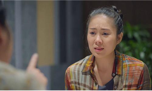 """Bốn vai diễn """"ngập trong nước mắt"""" của Lê Phương"""
