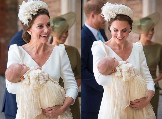 Kate vui vẻ cười nói, hạnh phúc ngắm con yêu ngủ yên bình trên tay. Ảnh: PA.