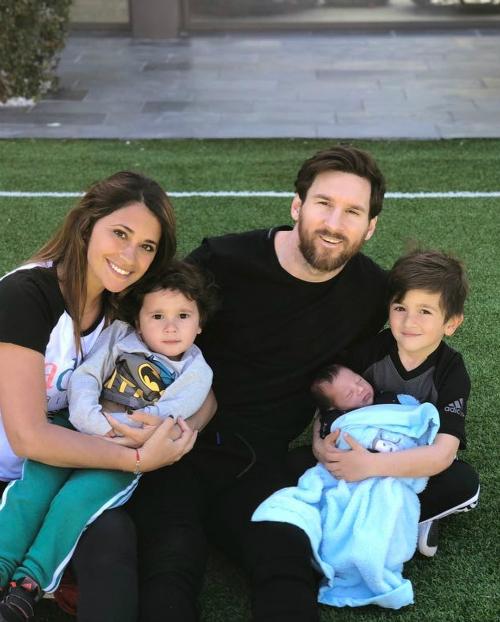 Những kỳ nghỉ cả nhà đi đâu cũng có nhau của Messi khi rảnh rỗi