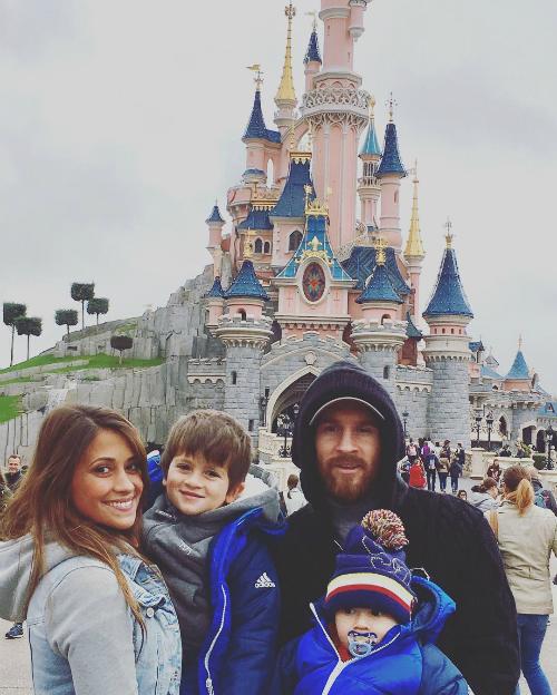 Những kỳ nghỉ cả nhà đi đâu cũng có nhau của Messi khi rảnh rỗi - 16