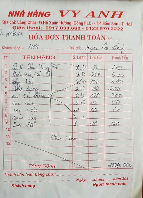 Hoá đơnbữa ăn tối thứ 5 của đoàn khách 16 người tại khách sạn Cát Đại Lợi. Theo chủ cơ sở lưu trú, đây là mức giá bình dân chứ không hề chặt chém như du khách phản ánh.