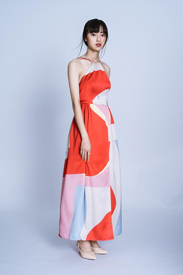 Vải của các mẫu váy đều đượckết hợp giữa lụa và polyester cao cấp.