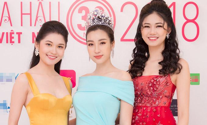 Dàn Hoa hậu, Á hậu Việt Nam mặc lộng lẫy dự event