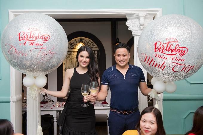 Diễn viên Minh Tiệp khoe ảnh cười rạng rỡ bên Á hậu Diệu Thúy nhân dịp mừng sinh nhật của cả hai.