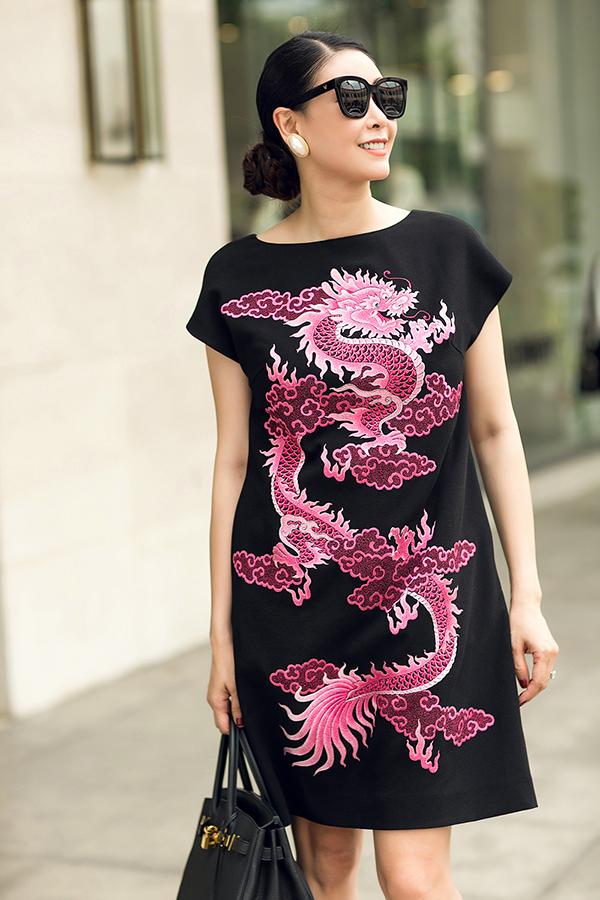 Hà Kiều Anh phối túi hiệu sang chảnh với váy Đỗ Mạnh Cường - 10