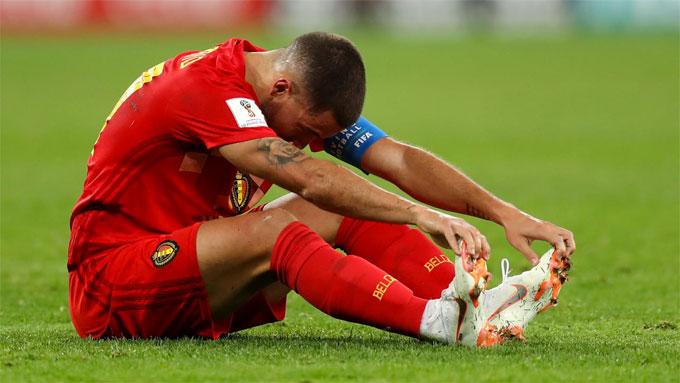 Hazard và đồng đội bế tắc với lối chơi đơn điệu. Ảnh: FIFA.