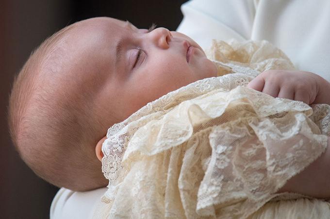 Hoàng tử Louis được mẹ nhận xét dễ chịu và hòa nhã.