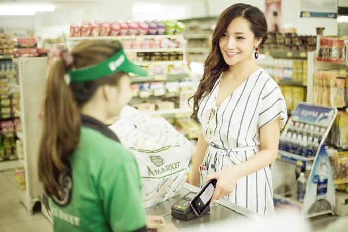 Người dùng có thể tích hợp nhiều thẻ thành viên vào Samsung Pay để tiện lợi khi mua sắm.