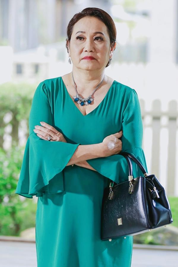 NSƯT Thanh Hằng làm bà nội cao tay trị cháu trai S.T - 6