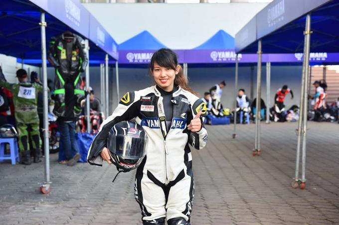 Các Y-rider nữ xinh đẹp có thể đăng ký để trở thành Yamaha Exciter Angels, được sống hết mình cùng đam mê.