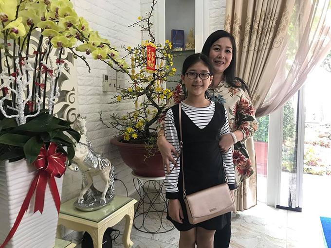 NSND Hồng Vân và con gái út Bí Ngô.