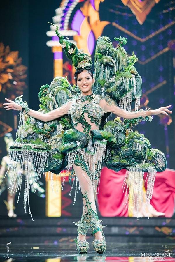 thí sinh Miss Grand Thái Lan - 7