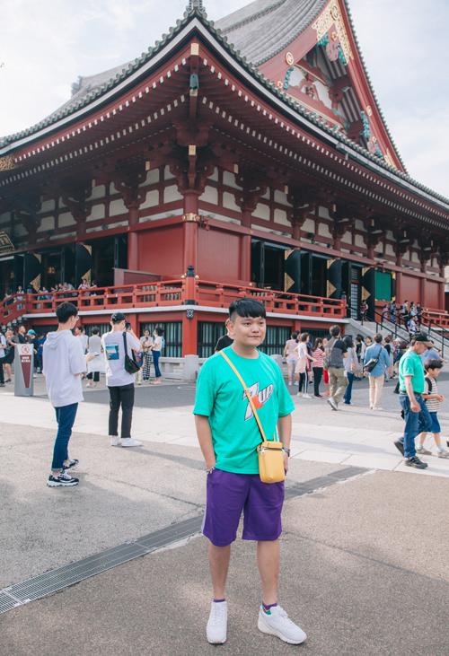 Chùa Asakusa Kannon: đây được xem là ngôi chùa cổ kính và linh thiêng bậc nhất ở Tokyo được xây dựng để phụng thờ Quán Thế Âm Bồ Tát vào thế kỷ thứ VII và nhiều lần trùng tu, sửa chữa để có được dáng vẻ nguy nghi như ngày nay. Chùa còn được biết đến với tên khác là Chùa Sensoji.