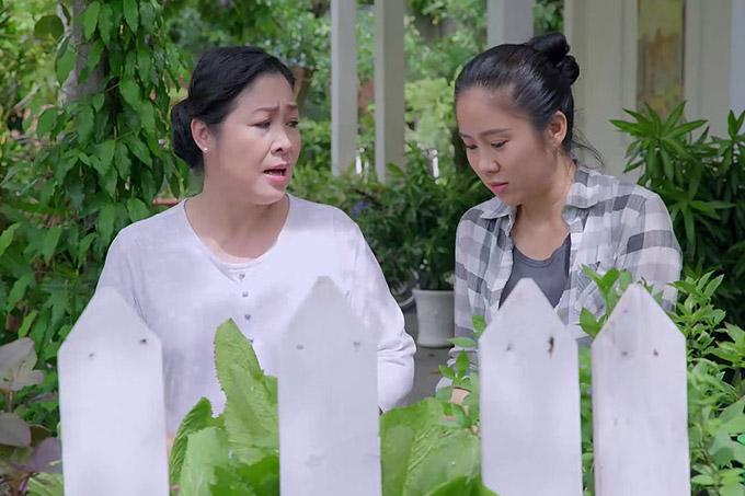 NSND Hồng Vân vào vai bà Mai, một người mẹ quá quắt khi có sự thiên vị giữa các con và tỏ ra coi trọng tiền bạc.