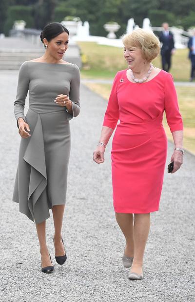 Meghan khoe dáng mảnh khi cùng chồng tới dinh thự tổng thống Ireland - 2