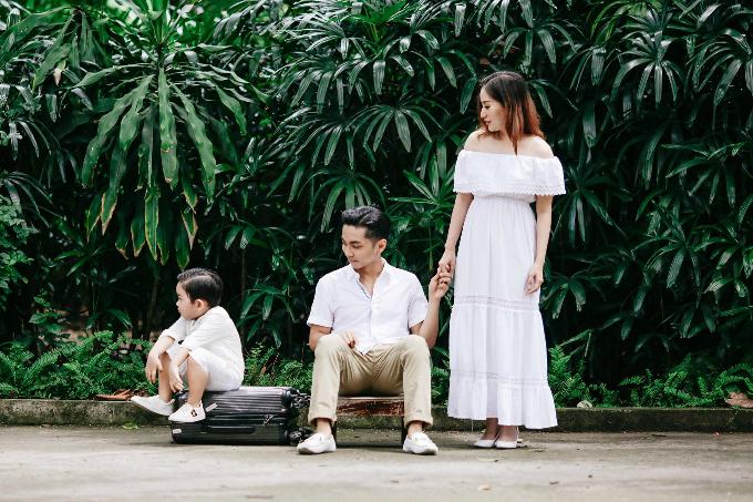 KuBi nhà Khánh Thi - Phan Hiển giận dỗi vì ba mẹ thương Anna hơn con.