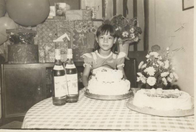 Ca sĩ Thanh Thảo khoe ảnh thời thơ ấu.