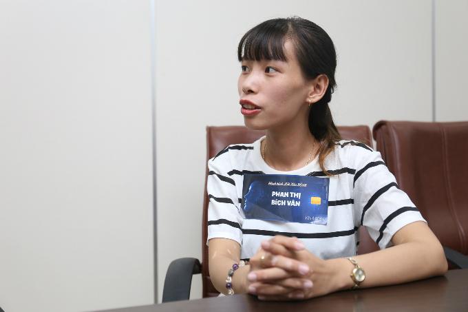 25 tuổi, chị Phan Thị Bích Vân mắc bệnh cường chức năng tuyến giáp khiến cơ thể chỉ còn 39kg.