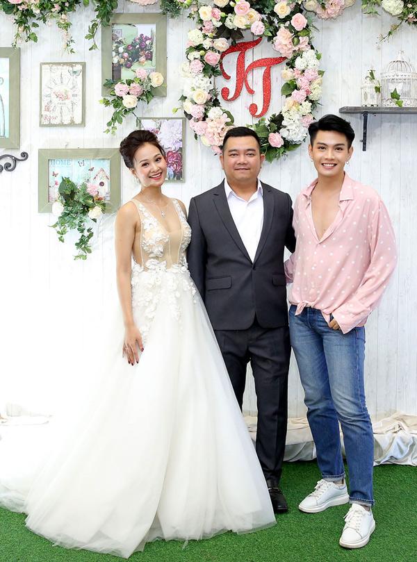 Đào Bá Lộc trung thành với phong cách unisex nhiều năm nay.