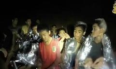 Đội bóng nhí chỉ định vào hang Tham Luang khoảng một giờ