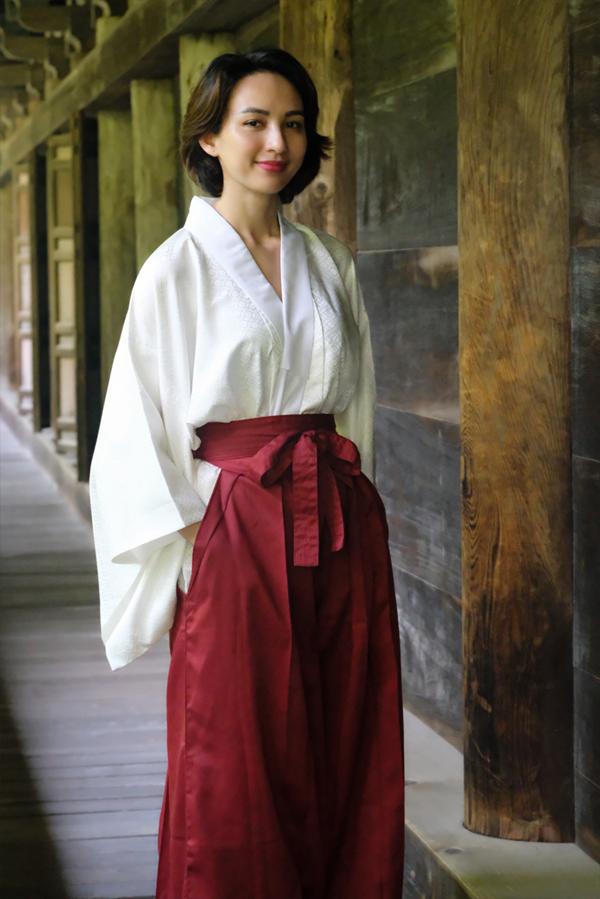 Sau khi đăng quang Hoa hậu Du lịch Việt Nam và tốt nghiệp Đại học Ngoại thương TP HCM, Ngọc Diễm nỗ lực hoạt động trong lĩnh vực kinh doanh lẫnnghệ thuật.