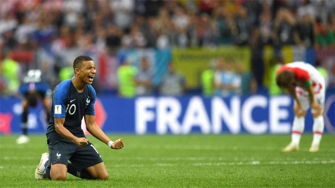 Mbappe giành danh hiệu cầu thủ trẻ hay nhất giải. Anh cũng có bàn thắng nâng tỷ số lên 4-1.