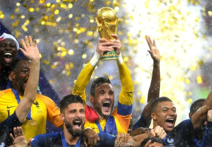 Lloris và các đồng đội trở thành tân vương của bóng đá thế giới.