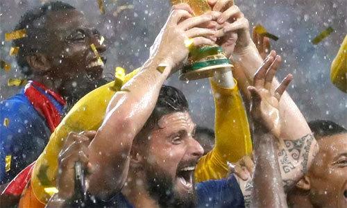 Trung phong tuyển Pháp không sút trúng đích lần nào ở World Cup
