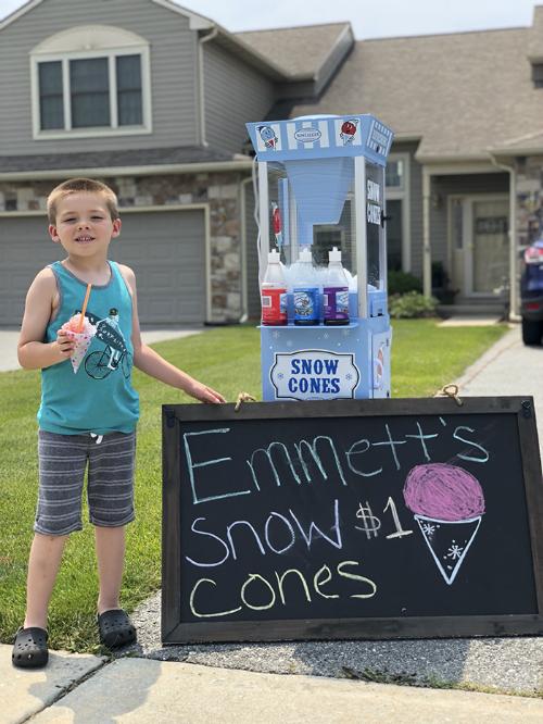 Cậu bé 6 tuổi khởi nghiệp với những chiếc kem giá 1 USD.