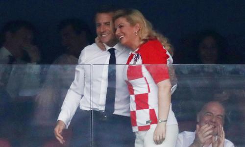 Tổng thống Croatia được ngưỡng mộ vì cách hành xử khi đội nhà thua