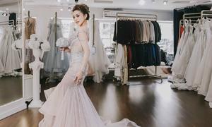 Cô dâu doanh nhân dành nửa năm tìm váy cưới rồi thay đổi vào phút chót