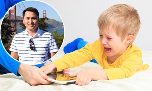 Giám đốc 8X mách bố mẹ 5 bước xử lý thói ăn vạ của trẻ