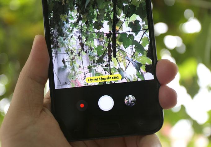 Đánh giá Galaxy J7 Duo: Camera kép xóa phông, cấu hình ổn - 2