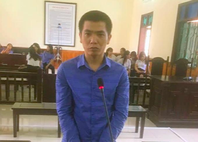 Bị cáo Vinh tại tòa. Ảnh: H.L