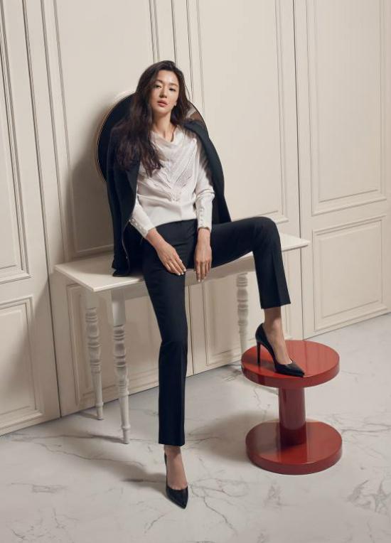Hình ảnh quảng cáomới của Jeon Ji Hyun.