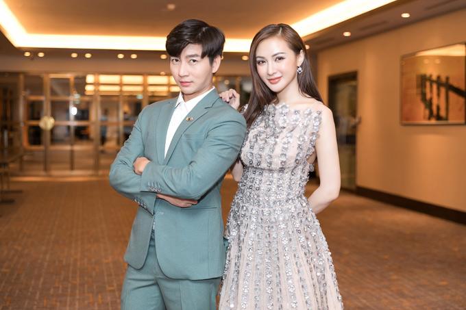 MC Nam Hee hội ngộ Kelly Nguyễn tại sự kiện ở TP HCM.