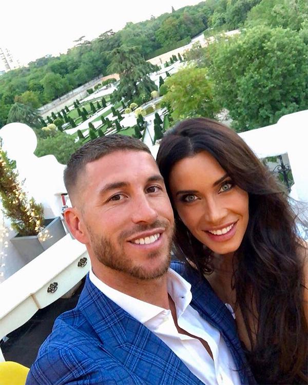 Ramos và Pila Rubio hẹn hò từ năm 2012. Giới truyền thông vẫn quen gọi cô là vợ của Ramos nhưng hai người bây giờ mới thực sự đính hôn.